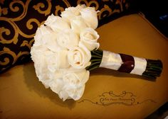 Vendela roses and satin ribbon.  Flowers by Distinctive Designs by Denice  Photo by Tara Francis Photography