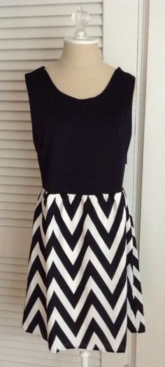 41Hawthorn Harriet Chevron Print Detail Dress - Love everything about this dress.