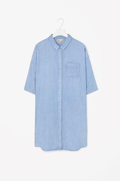 Denim-look shirt dress, COS Short Shirt Dress, Denim Shirt Dress, Vanity Fair, Boho Fashion, Fashion Outfits, Tailored Shirts, Perfect Wardrobe, Shirt Style, Glamour
