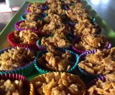 Recipe Honey Joys by SweetPeasThree, learn to make this recipe easily in your kitchen machine and discover other Thermomix recipes in Baking - sweet. Vegetarian Breakfast, Breakfast Recipes, Thermomix Desserts, Sweets Cake, Cereal Recipes, Recipe Community, I Love Food, Baked Goods, Sweet Recipes