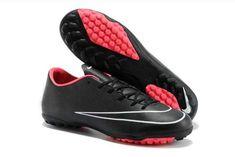 reputable site 2b246 8a5f9 https   www.sportskorbilligt.se  2100   Billiga Nike Fotbollskor Svart
