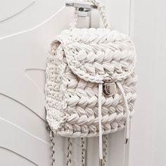 Items similar to Dusty pink vegan backpack Women rucksack T-shirt yarn backpack purse City rucksack Small backpack on Etsy Cream Backpacks, Tshirt Garn, Crochet Handles, Alternative To Plastic Bags, Yarn Bag, Crochet Purses, Crochet Bags, Crochet Animals, Macrame Bag