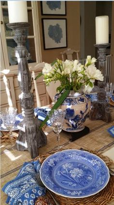 Blue and White always works in table settings