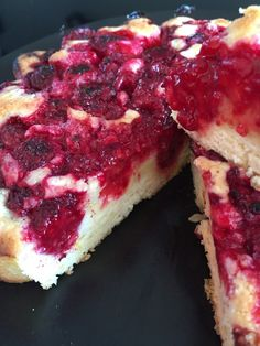 Gâteau aux framboises comme un sablé ... Italian Recipes, Vegan Recipes, Cheesecake Pie, French Desserts, Strudel, Healthy Cooking, Sweet Tooth, Sweet Treats, Brunch