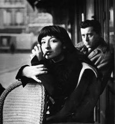 Juliette Greco ... oh, sing! do!