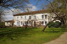 Nr Lavaur (Tarn) – For sale: Magnificent 10 bed country manoir in estate. A haven of peace and tranquility, with pool and income potential French Property, France, 18th Century, Mansions, Country, House Styles, Beautiful, Bed, Exterior Decoration
