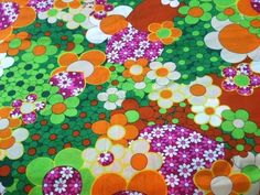 VINTAGE 60's FLOWER POWER PSYCHEDELIC NEON COLORS SCREEN PRINT FABRIC