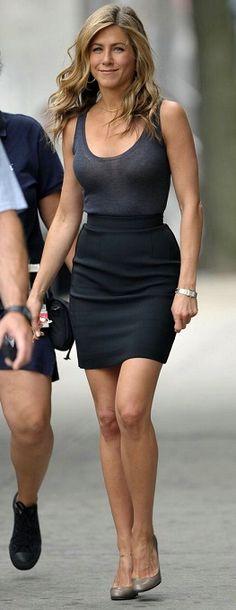 She is still stunning #Jennifer #Aniston