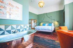 Artist Residence - Top 10 cool and unusual hotels in Brighton Global Grasshopper