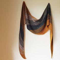 Tailwind by Clara Falk. Free pattern. Fingering .