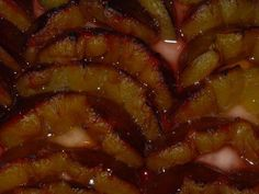Das perfekte Omas Pflaumenkuchen vom Blech (Quark-Öl-Teig)-Rezept mit einfacher Schritt-für-Schritt-Anleitung: Alle Trockenzutaten mischen, restliche…