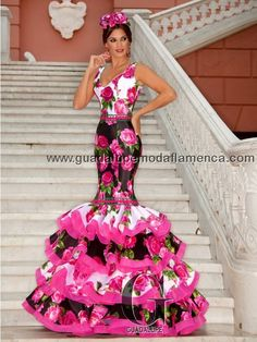 PANDORA Grad Dresses, 15 Dresses, Modest Dresses, Dance Dresses, Fashion Dresses, Formal Dresses, Flamenco Dresses, Des Femmes D Gitanes, Spanish Dress