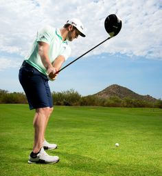 Jon Rahm shows how to hit longer drives with these golf distance tips. Learn the keys that make him one of the best drivers of the golf ball in the world. Ben Hogan Golf Swing, Pga Tour Players, Golf Card Game, Dubai Golf, Golf Score, Golf Drivers, Golf Instruction, Golf Training, Golf Lessons