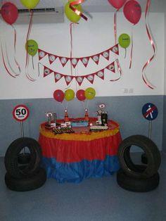 a boy´s 4th birthday | CatchMyParty.com
