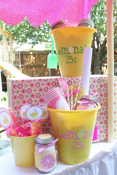 cute lemonade stand