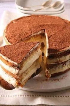 This easy tiramisu torte is ideal for all the tiramisu lovers! It has a rich tiramisu flavor and if you like the taste of a cream and coffee – like my husband – then this cake will easily become your … Italian Desserts, Just Desserts, Delicious Desserts, Yummy Food, Italian Cake, Sweet Recipes, Cake Recipes, Dessert Recipes, Ww Recipes