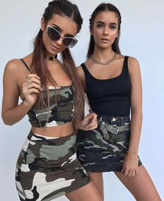 Renee and Elisha Herbert Outfits Fiesta, Cruise Outfits, Twin Outfits, Tan Girls, Hot Teens, Festival Looks, Girl Inspiration, Festival Outfits, Classy Outfits