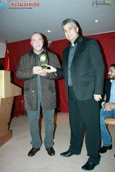 Remise du Trophée du Jury Premier Prix à fouta napoleone par Mr Iheb BEJI, à mr Lassaad Derbal, Manager Fouta N.  https://www.facebook.com/pages/fouta-napoleonecom/200074333361724