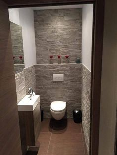 40 Dreamy WC/Toilet Ideas in the Bathroom with Full Inspirations - 40 verträumte WC / Toilette Ideen im Badezimmer mit voller Inspiration - Tiny House Bathroom, Bathroom Design Small, Bathroom Layout, Bathroom Interior Design, Modern Bathroom, Bathroom Ideas, Cloakroom Ideas, Bathroom Organization, Budget Bathroom