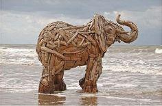 driftwood elephant Artist: Andries Botha