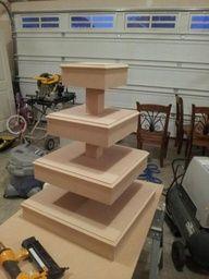 rustic wood cupcake stand | DIY Cupcake Stand