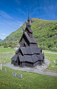 Borgund Stave Church in Lærdalen, 2013 June.jpg