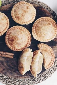 There's no need to share with these individual traditional apple pies that can be made in your pie maker. Serve them with a scoop of ice cream for a dessert you can't resist. Mini Apple Pies, Mini Pies, Individual Apple Pies, Homemade Apple Pie Filling, Homemade Caramel Sauce, Mini Pie Recipes, Apple Recipes, Meat Recipes, Sweets