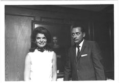 Jackie Kennedy and her Secret Service agent Clint Hill had a special bond. He was the first one to reach the Presidential limo on November 22, 1963. He remained her Secret Service agent for one year following the assassination.