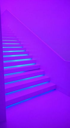 Fondos de pantalla 🥳 uploaded by on We Heart It - Image discovered by Discover (and save!) Your own pictures and videos on We Heart It - Violet Aesthetic, Dark Purple Aesthetic, Lavender Aesthetic, Aesthetic Colors, Aesthetic Collage, Purple Aesthetic Background, Neon Purple, Purple Walls, Purple Rain