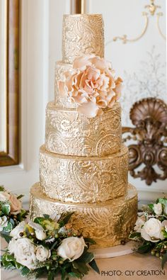 Indian Weddings Inspirations. Gold Wedding Cake. Repinned by #indianweddingsmag…