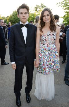 Keira Knightley and James Righton at The Serpentine Gallery Summer Party, Keira wearing Chanel Couture. www.handbag.com James Righton, Celebrity Summer Style, Chanel Couture, Keira Knightley, Celebs, Celebrities, Looking Stunning, Chucky, Couples