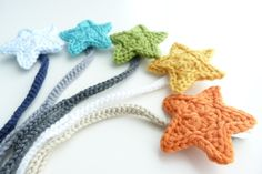 Any Color--Pacifier Clip--Crochet Star pacifier clip--Baby boy accessories--Sweetlace Shop on Etsy, € 6,75