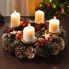 Katalog kostenlos im Frank Flechtwaren und Deko Online Shop Magical Christmas, Green Christmas, Christmas Diy, Christmas Ornaments, Christmas Candle Decorations, Advent Candles, Beautiful Candles, Best Candles, Candle Centerpieces