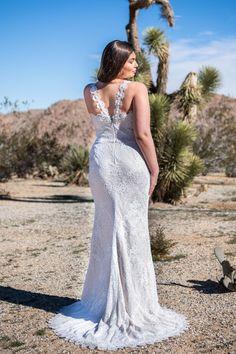 Melanie - BRIDAL - Chic Nostalgia - Bohemian and Romantic Wedding Dresses Boho Gown, Boho Wedding Dress, Wedding Dress Styles, Bohemian Bride, Romantic Weddings, Bridal Collection, Floral Lace, Bridal Gowns, Nostalgia