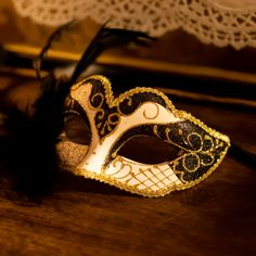Carnival Mask from Venice by Elusive Edamame Print Advertising, Marketing And Advertising, Italian Night, Carnival Festival, Retail Merchandising, Carnival Masks, Edamame, Black Feathers, Us Images
