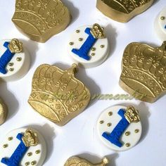 Royal prince chocolate covered oreos Prince Birthday Party, Baby First Birthday, Royalty Baby Shower, Crown Cookies, Little Prince Party, Royal Party, Chocolate Dipped Oreos, Baby Shower Cakes, Rice Krispies