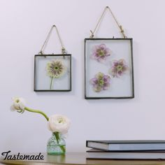 If you love flowers but hate to see them die, then this is the hack for you. Learn how to press and frame your florals to keep them fresh forever. diy hacks How to Press and Frame Your Flowers Jar Crafts, Bottle Crafts, Home Crafts, Diy And Crafts, Diy Wand, Pot Mason Diy, Diy Hanging Shelves, Pressed Flower Art, Pressed Flowers Frame