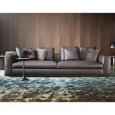 MARQUIS HQO | Powell Sofa