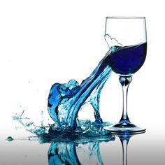abstract-blue-glass-surreal-water-Favim.com-339068.jpg (800×800)