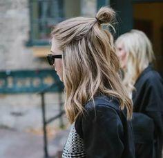 inspiração de cabelo: meio coque, bem despojado
