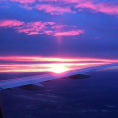 Watching the sun rising 🌥️️ #nofilter #sunrise #intothesky #pinkclouds #airplane #helloworld #goodmorning #skyporn #frankfurtairport #germany #travelling #timeoff #earlymorning #startingtheday #wokeuplikethis #gorgeous #af #nofilterneeded #thanksgod #earthlover  #Regram via @alizeesmt
