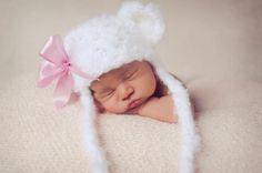 Crochet White Newborn Bear Hat, Newborn Baby Photography Prop Bear Beanie, Crochet Baby Bear Hat Photo Prop, Crochet New