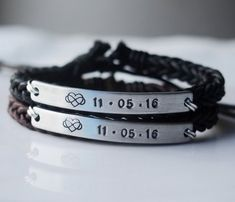 Infinity Love Anniversary gifts for couples gifts, couple anniversary date bracket . Infinity Love Anniversary Gifts for Couples Gifts, Couple Anniversary Date Bracelet, Anniversary Bra – Bracelets Assortis Pour Couple, Bracelet Couple, Matching Couple Bracelets, Bracelets For Couples, Matching Couple Gifts, Love Anniversary, Anniversary Gifts For Couples, Boyfriend Anniversary Gifts, Gift Ideas For Couples