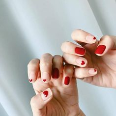 You may find a notion about the designs ideal for brief nails. If you're looking for cute, simple nail designs, look no more. Diy Nails, Cute Nails, Pretty Nails, Nail Art Simple, Nailart, Cute Nail Art Designs, Minimalist Nails, Pin On, Heart Nails