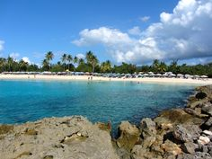 By Richie Diesterheft CC2 Mullet Bay Beach is a tranquil white beach with a restaurant. In 1995, a hurricane destroyed a hotel that was near the beach - you can visit its ruins. #St.Martin