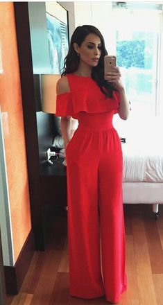 Charming Street Style Outfits graduation outfit ideas 59 Korean Street Style Looks You Need To Try Classy Outfits, Chic Outfits, Jumpsuit Outfit, Red Jumpsuit, Black Romper Pants, Palazzo Jumpsuit, Cooler Look, Elegantes Outfit, Korean Street Fashion
