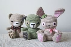 Amigurumi cuties are based on lilleliis`s one of the most favourited toy Tufty bunny. One pattern transforms into three different animals - bunny, teddy and puppy. All are in sitting position and decorated with lovely fabric details. It is an advanced pattern which requires skills and patience, but the result is worth the effort!