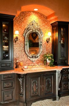 Layout of two vanitie in Main bathroom. Plain cupboards though, but side cupboards great and just draws at bottom Tuscan Design, Tuscan Style, Dream Bathrooms, Beautiful Bathrooms, Romantic Bathrooms, Tuscan Bathroom, Moroccan Bathroom, World Decor, Tuscan House