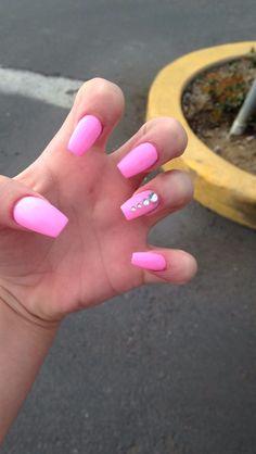 pink acrylic nails with rhinestones