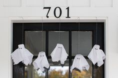Use toilet paper rolls and gauze to make tiny ghosts.  http://www.diynetwork.com/how-to/make-and-decorate/decorating/2015-pictures/front-yard-decorating-ideas-for-halloween >>